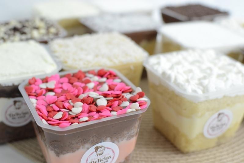 Bolo de Pote Morango Pari - Bolo de Pote de Chocolate